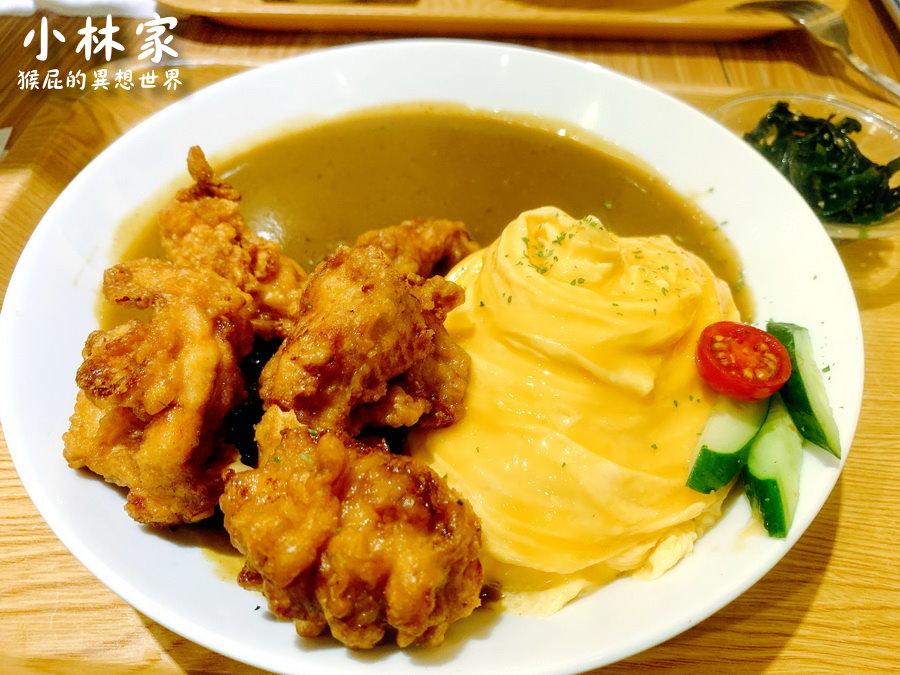 【逢甲美食】小林家咖哩飯串物專門!台中好吃的日式咖哩餐廳!串燒意外很好吃!(西屯餐廳、台中美食)