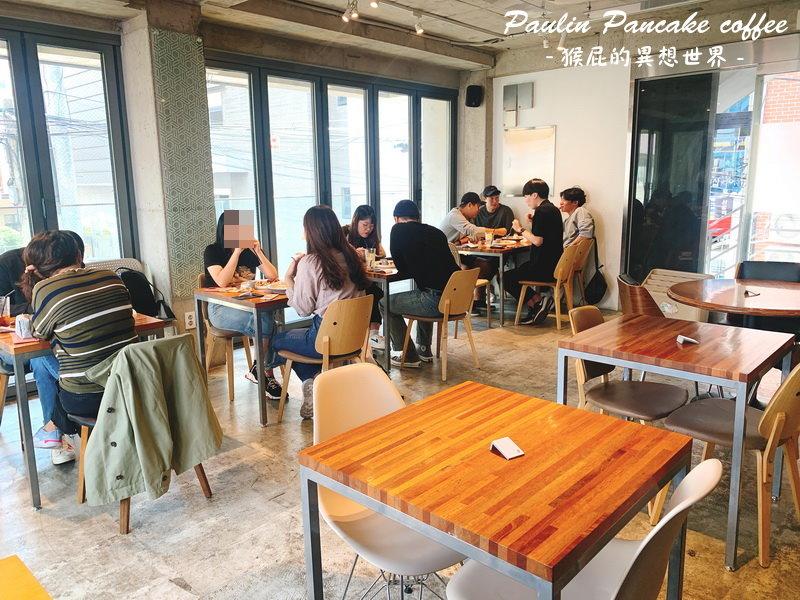 【韓國自由行】首爾人氣咖啡廳推薦Paulin Pancake coffee!首爾弘大人氣鬆餅!韓國IG打卡美食舒芙蕾鬆餅!地鐵弘大站9號出口!(弘大美食推薦、弘大必吃美食) @猴屁的異想世界